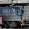 Stoccolma, camion lanciato sulla folla: è caccia all'attentatore